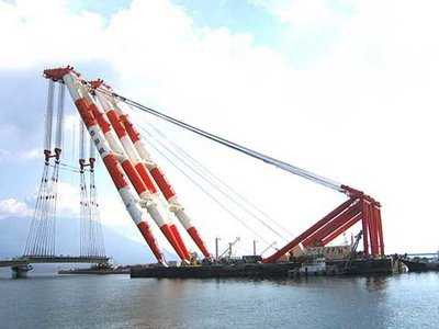 Japanese Floating Crane