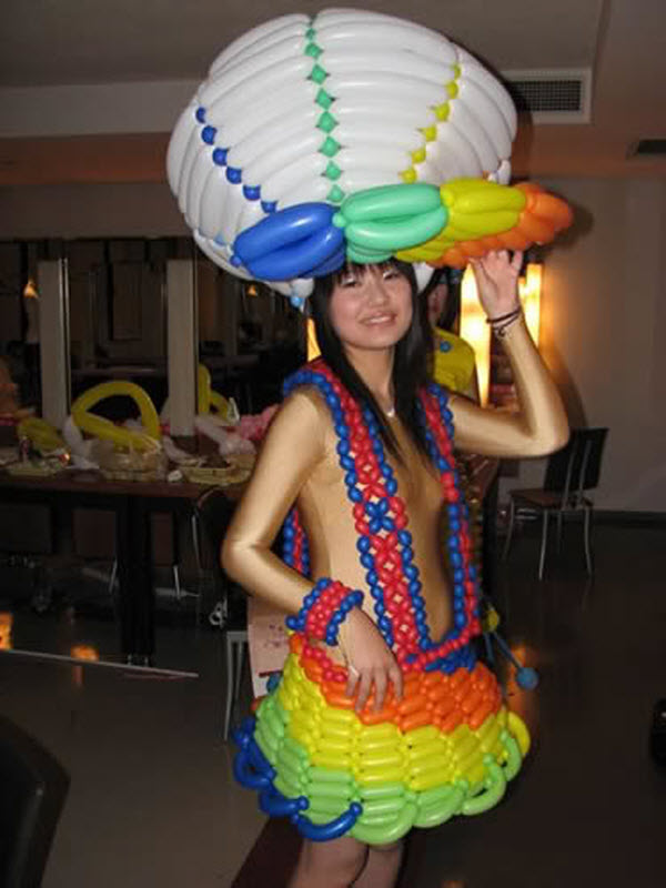 Twisted-Balloon-Dresses