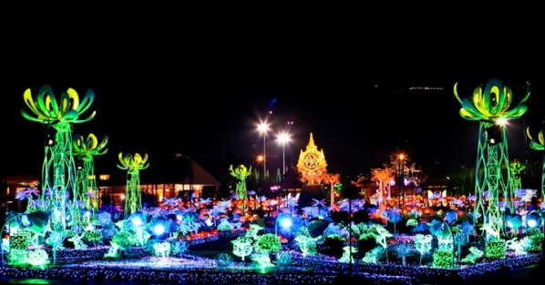 Apostrophy Light Garden – Royal Flora Ratchaphruek by New Media Designers in Thailand