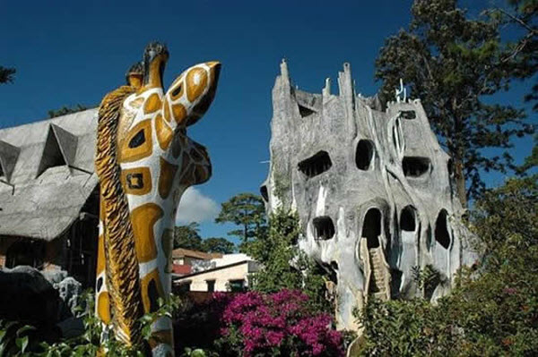 Unusual Crazy House Hotel by Hang Nga in Da Lang, Vietnam