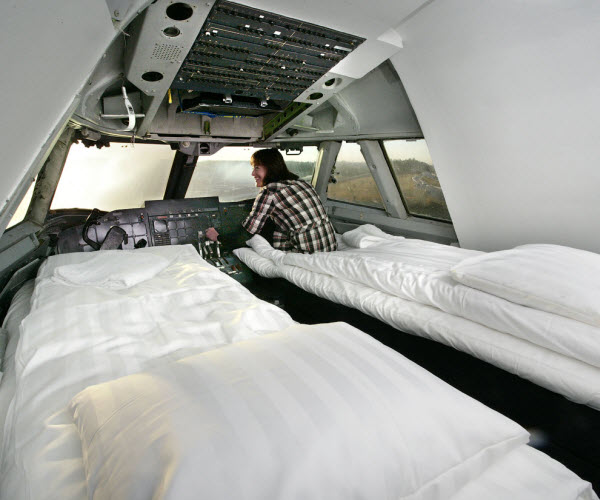 Luxurious Hotel in an Aircraft in Stockholm Arlanda Airport