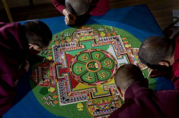 Spectacular Tibetan Sand Art