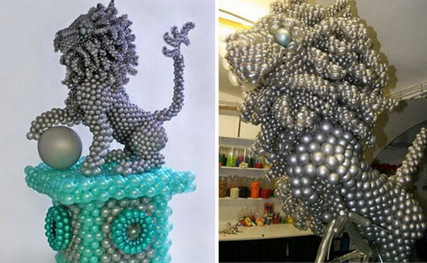 Balloon twisting sculptures by Jason Hackenwerth