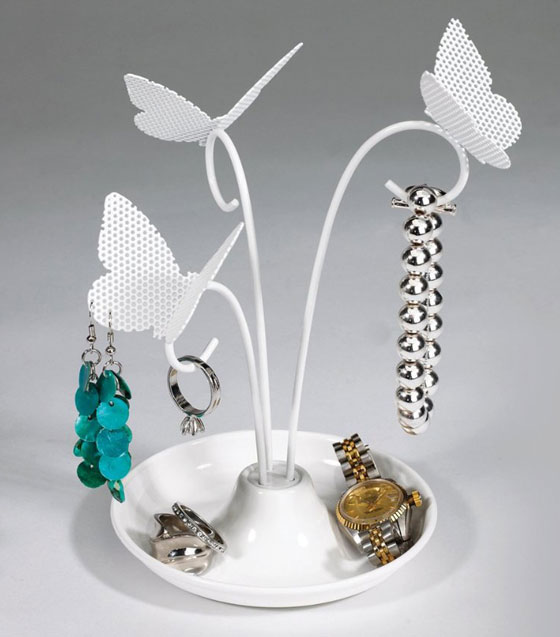 Stylish Jewelry Stands To Decorate Dressing Table