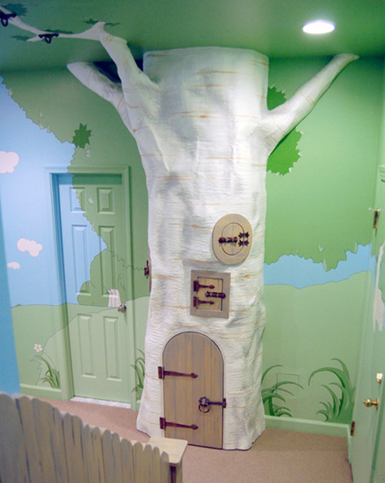 Beautiful Tree house bedroom designed by Kid Tropolis.