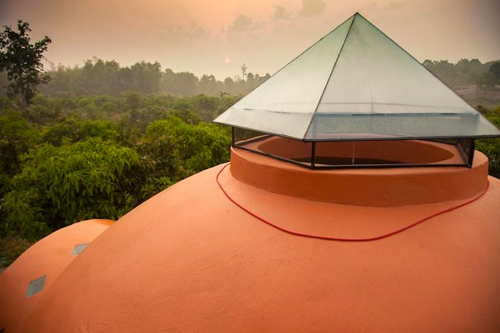 Beautiful Dome House in Thailand by Steve Areen